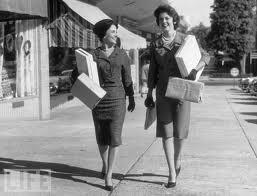 1950s-women-2-shopping
